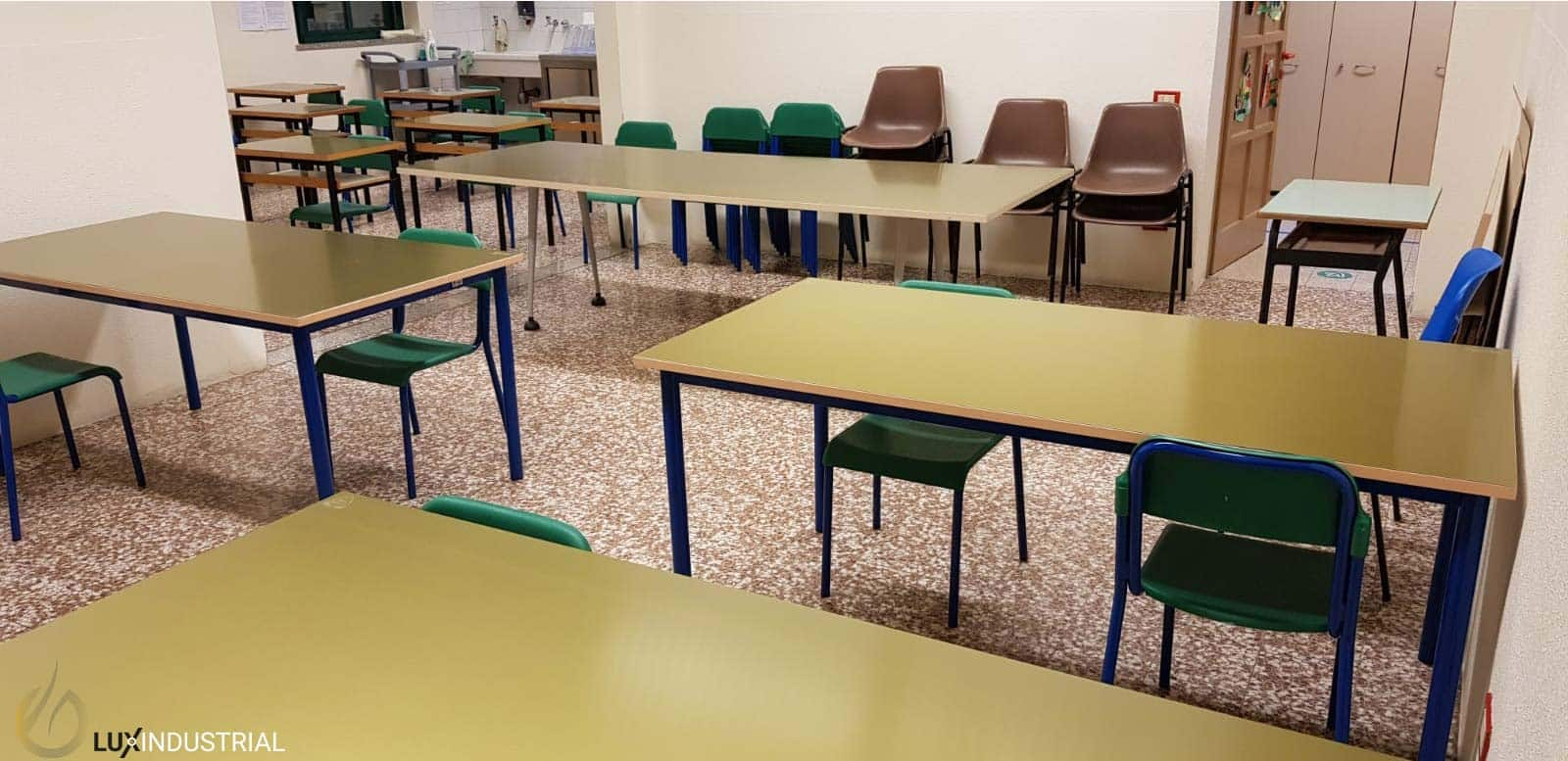 Canteen tables covered with gha